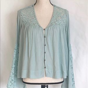 Lace Bell Sleeves Top